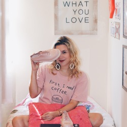 Look: Melissa Grunge + Cute coffee T-shirt